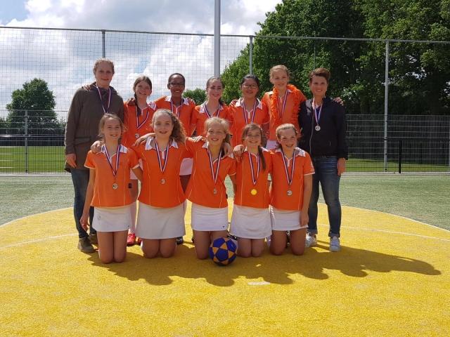 Oranje-Wit C1 KAMPIOEN!