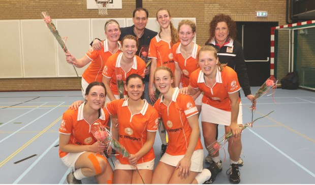 Oranje-Wit 1 KAMPIOEN!